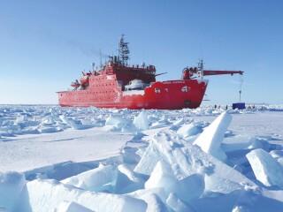 北极问题的国际背景考察