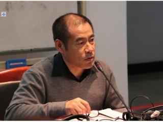 """刘文飞教授作题为""""苏联解体后俄语文学的若干悖论走向""""的讲座"""