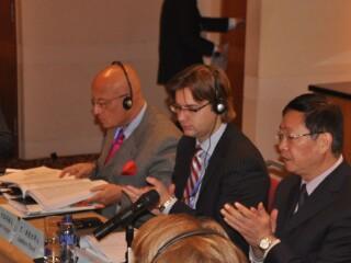 """2011""""瓦尔代""""国际辩论部中俄分组会成功举办"""