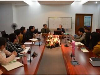 哈萨克斯坦总统世界政治与经济研究所首任总统与国内政策中心主任艾达尔•阿姆列巴耶夫到访