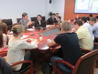 俄罗斯青年学者代表团访问周边中心、俄中心