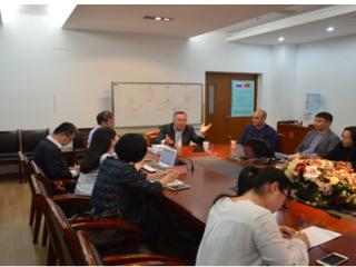 哈萨克斯坦世界经济与政治研所所长阿基姆别科夫来访