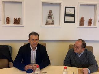 2020年1月9日,周边中心高晓川研究员与到访中心的布达佩斯商学院查巴教授就中国中东欧合作情况与问题进行学术交流。